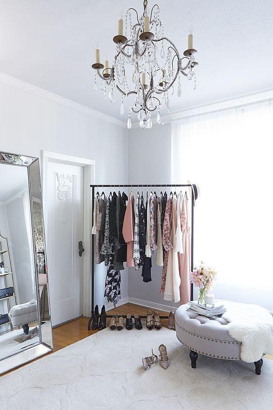 стойки для одежды для дома